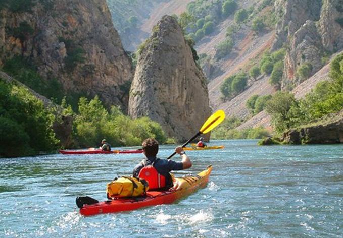 darilni_paketi_rafting_in_kayak_zrmnja_obrovac_slika_4
