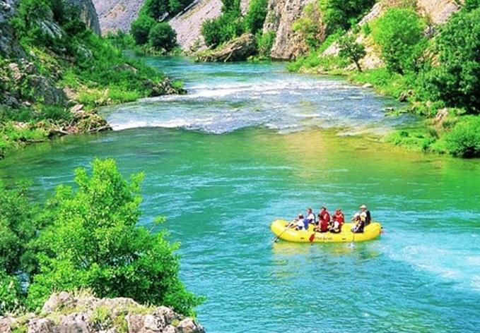 darilni_paketi_rafting_in_kayak_zrmnja_obrovac_slika_5